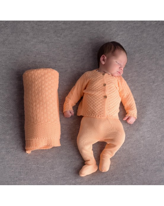 Pack of newborn pack and blanket salmon